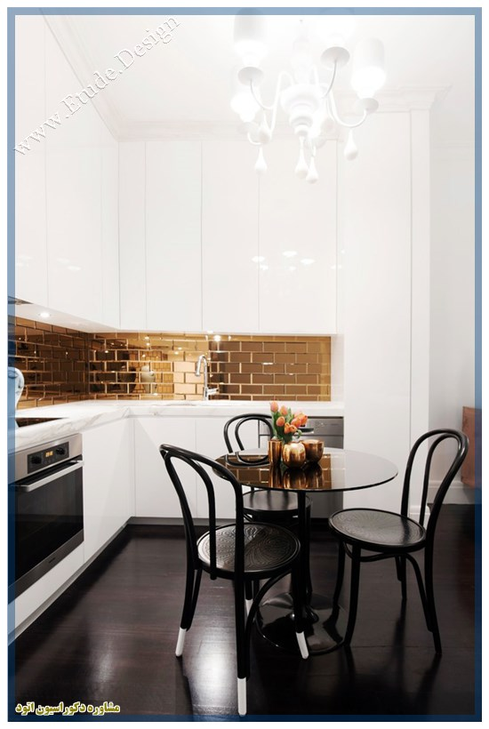 کابینت هایگلاس سفید طلایی